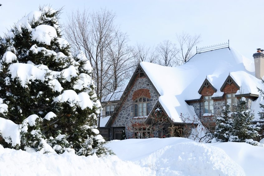 Winter Preparations: Tips for Protecting Your Home from Winter Damage